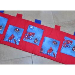 Kapsář - Spiderman s červenou