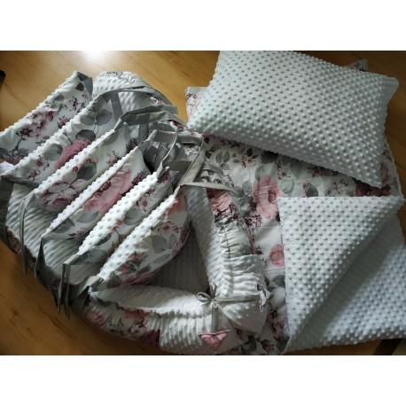 Polštářový mantinel - květy + bílé minky
