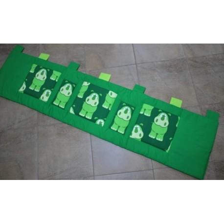 Kapsář - HROŠÍCI na zeleném plátně