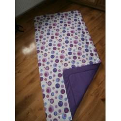 Přehoz na postel - fialová bublina na tm.fialovém plátně