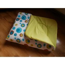 Přehoz na postel - tyrkysová bublina s limetkovým plátnem