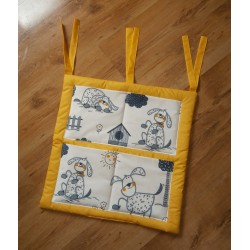 Kapsář na postýlku - pejsci + sytě žluté plátno
